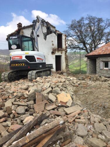 Escavatore Bobcat cingolato gommato da 60 quintali